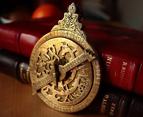 Kein Gerät der Astrologie, sondern der Astronomie: Historisches Astrolabium